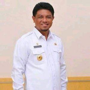Dr. H. Mohamad Hidayat Lamakarate M.Si
